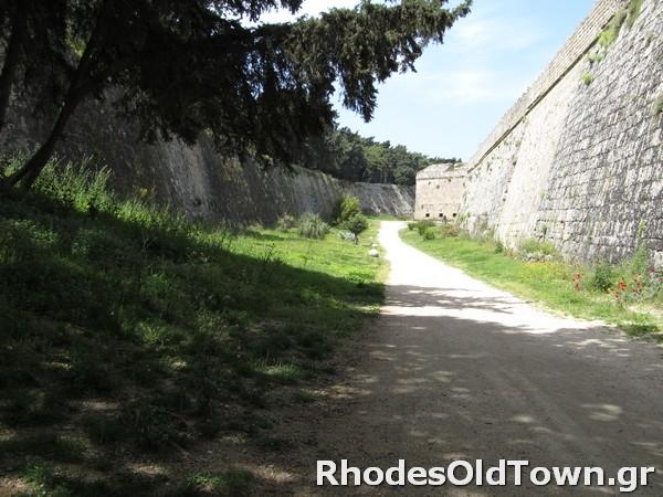 Rhodes-Moat-11
