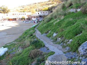 Path between Lindos Skala and Main beach