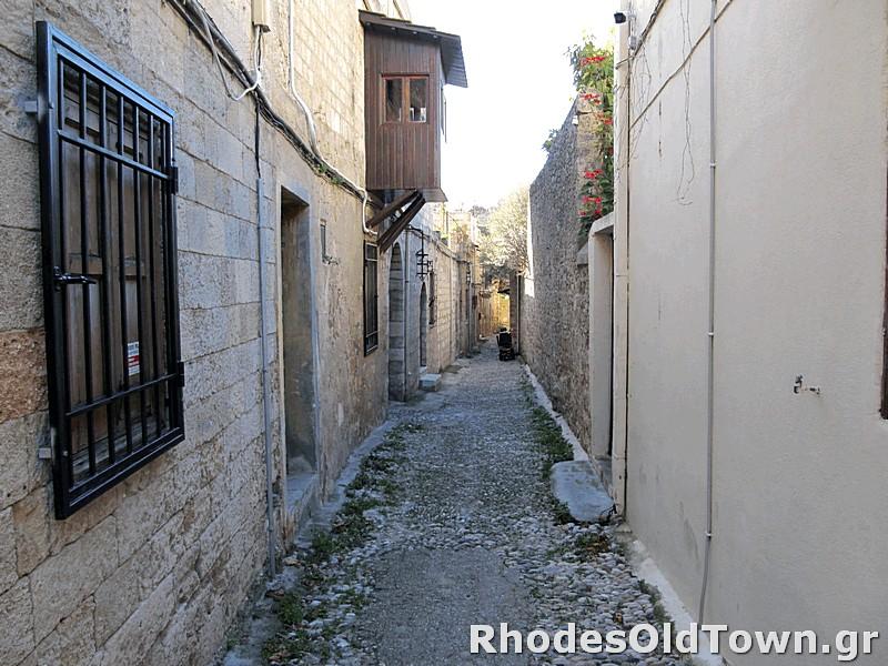 Ierokleous street (Ιεροκλέους)