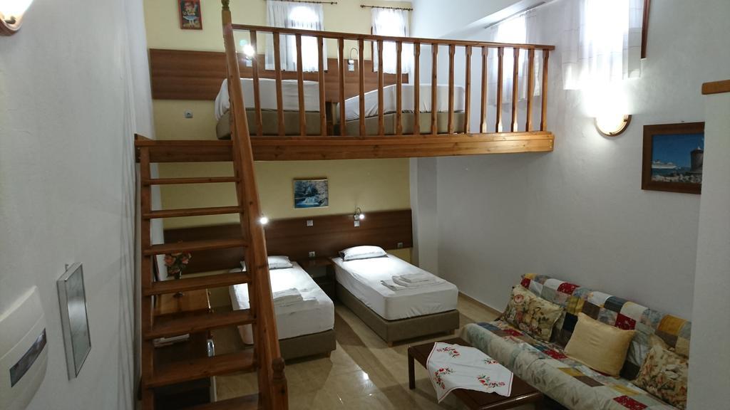 Eleni Rooms